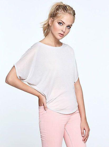 38523fa04f12 Tričká - Jednofarebná kvalitné tričká pre každú ženu.