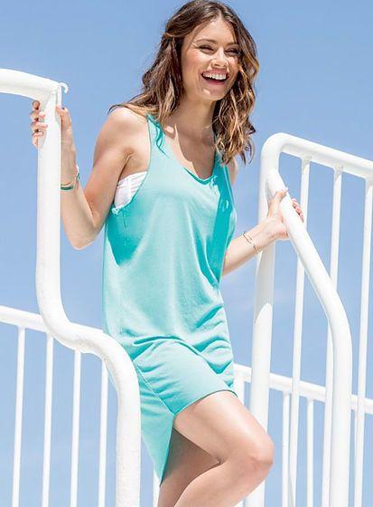 Letní koktejlové šaty