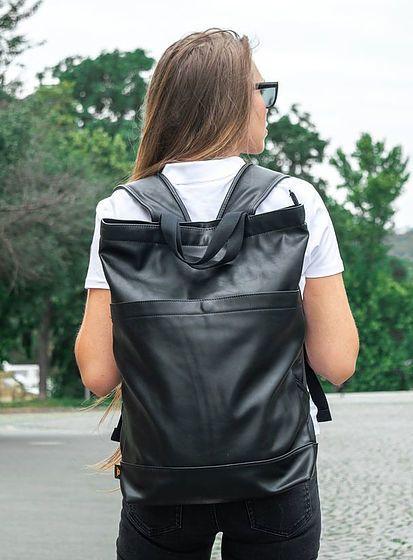 Koženkový elegantný batoh