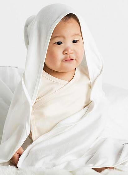 Dětská organická deka s kapucí